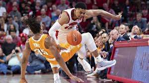 College basketball betting picks ...