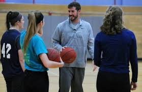 Community colleges struggle to build women's basketball teams