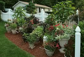Backyard Vegetable Garden Design   Backyard Vegetable Container Garden Plans Pictures