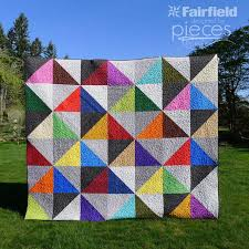 10 Fabulous Fat Quarter Quilt Patterns | FaveQuilts.com & Easy Quilt Patterns Using Fat Quarters Adamdwight.com