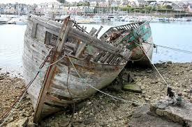 """Résultat de recherche d'images pour """"bateaux abandonnés"""""""