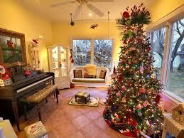 ผลการค้นหารูปภาพสำหรับ images of christmas tree at home