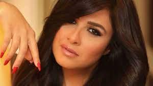 ياسمين عبد العزيز تصل إلى القاهرة وتفاجئ الجمهور بـ منشورها الأول.. فيديو »  وكالة الوطن الإخبارية