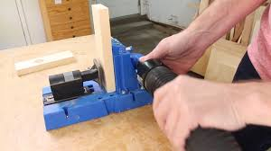 how to drill pocket holes. drilling the pocket holes how to drill