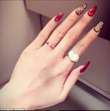 nail polish in spanish 5k