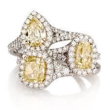 Yellow Diamond Vs White Diamond Guide To Yellow Diamonds Engagement Rings Naturally Colored