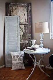 I Want To Decorate My Living Room 1000 Ideas About Old Door Decor On Pinterest Door Picture Frame