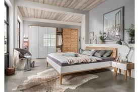 Qarajat Von Pure Natur Schlafzimmer Wildeichenholz Weiß