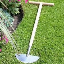 how to edge a lawn by hand