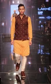 Kunal Rawal Fashion Designer Lakme Fashion Week 2016 Dapper Ranbir Kapoor Walks The Ramp