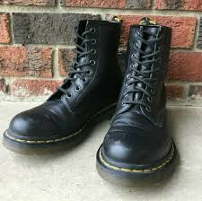 genuine dr doc martens boots shoes us size 8 black nappa leather 1460 8