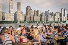 New York City Lights Dinner Cruise Reviews 7 Best Dinner Cruises In Nyc For An Elegant Evening