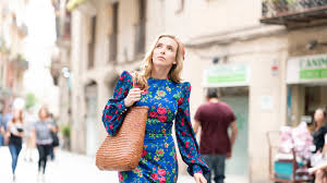 Villanelle is a talented killer, who clings to the luxuries her violent job affords her. The 7 Key Pieces In Villanelle S Covetable Killing Eve Wardrobe Vogue India