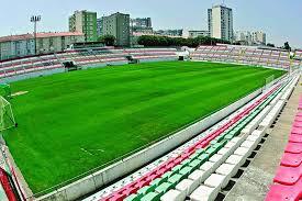 Estrela da amadora, amadora, portugal. Estadio Do Estrela Da Amadora A Venda Em Leilao Por Seis Milhoes Desporto Correio Da Manha