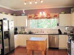 Roman Blinds In Kitchen Kitchen Shade Ideas Quicuacom