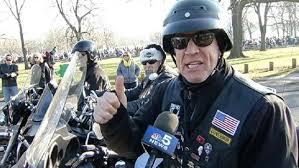 toys for tots motorcycle parade rides through chicago