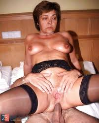 Porn site fucking with mature