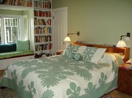 Alluring Small Master Bedroom Decor Using Bay Window Ideas Plus - Small bedroom window ideas
