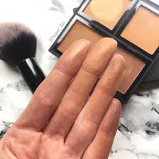 elf contour kit swatches. deep contour ($6): the kit is on warm side and even my light completion, made for a lovely bronzer palette. formula soft i had no elf swatches