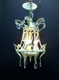shabby chic crystal chandeliers shabby chic crystal chandeliers shabby chic crystal chandeliers small ivory white crystal