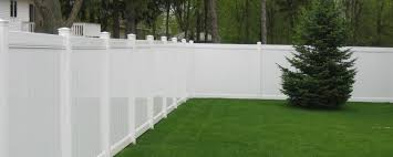 researching vinyl fence wholesale distributors r3