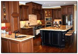 oak cabinets with granite pictures of granite with oak cabinets honey oak cabinets black countertops