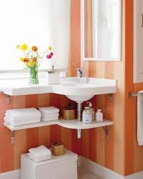 small bathroom organization