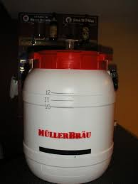 fermenter1jpg600x800 10 gallon bucket43