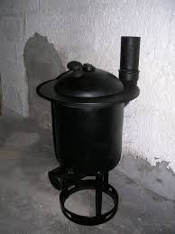 picture of diy wood burner pot belly stove made from a gas tank
