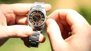 to twist a watch to set it (picture) ile ilgili görsel sonucu