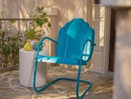 how to paint an outdoor metal chair