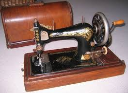 Singer Sewing Machine 28