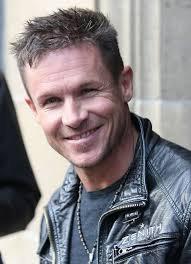 Related pictures : Felix Baumgartner - felix-baumgartner-at-the-itv-studios-01