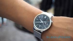 huawei smartwatch on wrist. huawei watch smartwatch on wrist