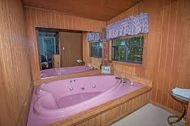 right at home cv 613 in gatlinburg tennessee heart shaped jacuzzi
