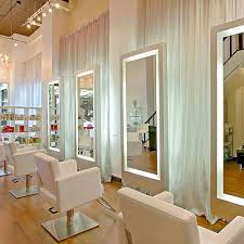 led lighted mirrors advantages