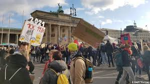 Berlin Daughter Posture Corrector Size Chart Berlin Climate Protesters Brave Icy Weather And Waters