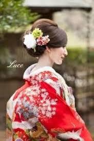 ウェディングドレス和装の花嫁髪型生花を使ったヘアアレンジ 花嫁