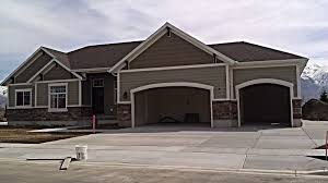 residential garage exterior painting