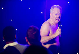 Keith Chegwin flashes the flesh in new images from Life s Too.