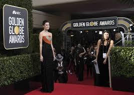 Resultado de imagen para 2018 golden globe awards hours ago
