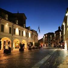 26 idee su Brescia - Luci dell'alba in città   città, alba, foto ...