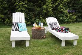 and boy oh boy good golly did she every build a outdoor chaise lounge