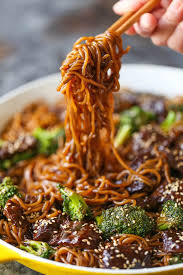 beef and broccoli ramen stir fry