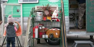 58 Best Happy Holidays Broncos Country Images On Pinterest Country Christmas Craft Show Denver