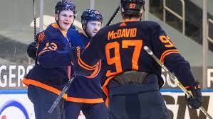 This is a complete list of players for the edmonton oilers of the world hockey association (wha). Mcdavid Caps 3 Point Night With Laser Finish To Help Oilers Beat Back Flames Cbc Sports