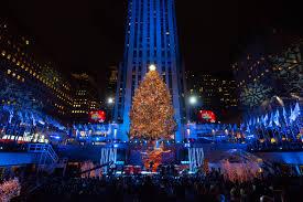 Rockefeller Christmas Tree Lighting 2018 Rockefeller Center Tree Lighting Photos History Of Nycs