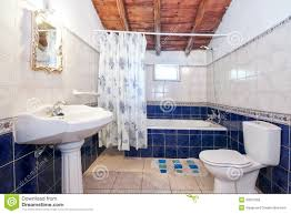 Blue Tiled Bathrooms 30 Amazing Pictures And Ideas Of 1950s Bathroom Floor Tiles