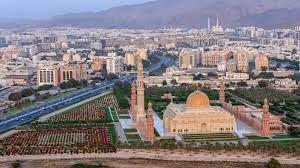 سلطنة عُمان تسمح بدخول حاملي شهادات لقاح فيروس كورونا بدءاً من 1 سبتمبر -  CNN Arabic