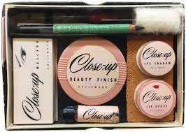 vine makeup kit from close up
